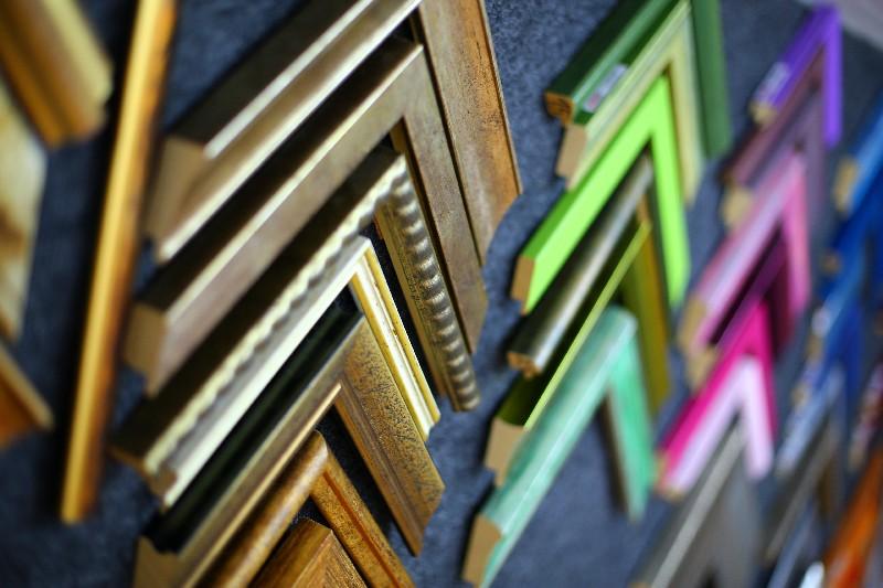 les baguettes et moulures de votre cadre sur mesure. Black Bedroom Furniture Sets. Home Design Ideas